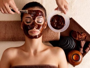 Holistic and Delicious Raw Chocolate Mask